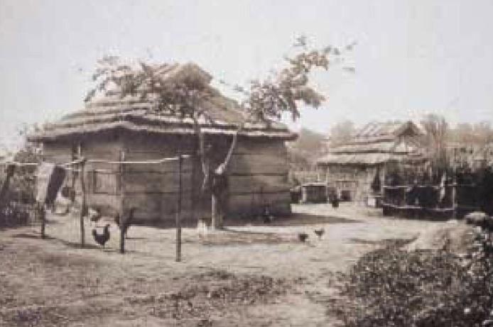 Surroundings of a house (Obihiro, end of the Taisho era)