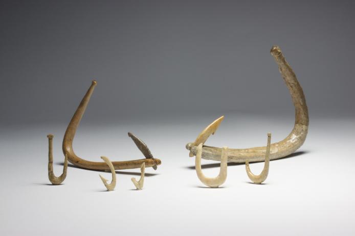 Irie-Takasago Shell Midden: Fish hooks