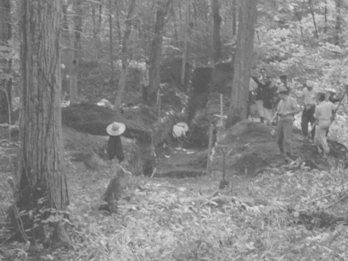 キウス周堤墓:1周堤墓発掘調査状況