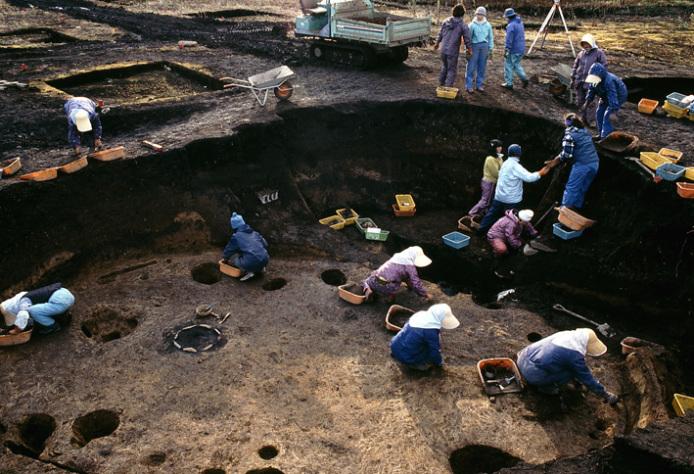 大船遺跡:遺跡発掘調査風景