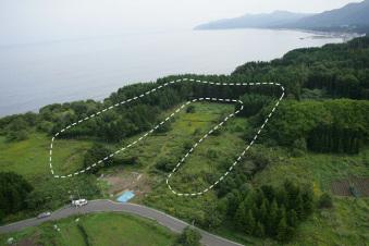 垣ノ島遺跡の盛土遺構全景