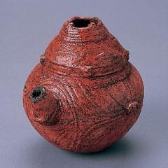 垣ノ島遺跡から出土した漆塗り注口土器