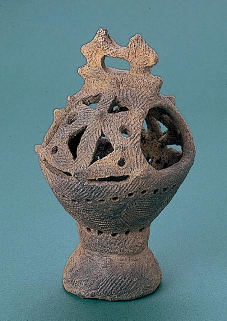 垣ノ島遺跡:香炉形土器