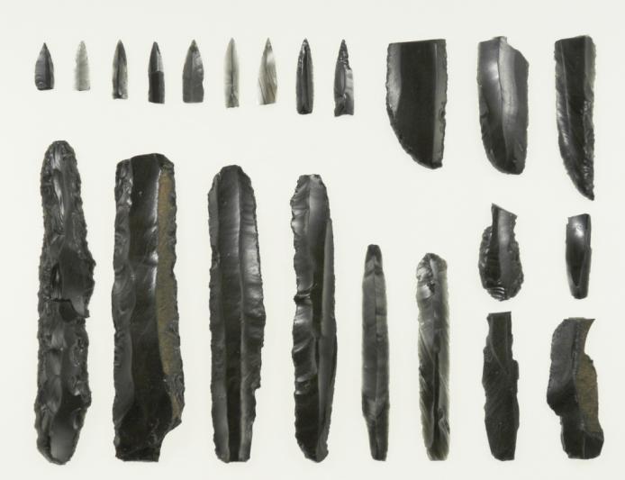大正7遺跡:石刃鏃石器群